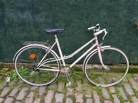 Vintage french ladies mixte bicycle