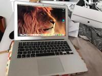 Apple MacBook Air 13 inch 2017