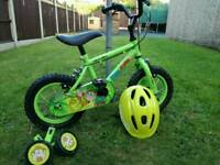 Childs bike with stabilizers & helmet