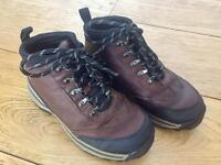 Timberland shoes for boys in size13