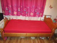 Bed Wooden Frame (Single)