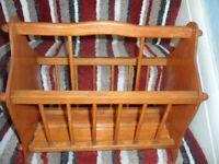 Wooden Magazine/Newspaper Rack with Handle