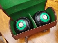 Set of 2 boules with case.