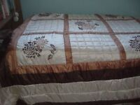 Pair Single quilted bedspread with pillow sham