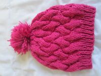 Pink knitted hat for Woman