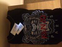 size Large Kenzo jumper never been worn