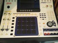 Akai Mpc 4000 Drum Machine Sampler Midi