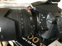 Nikon D5300 with ZOOM LENS 18-105, Original box, accessories and 2X Batteries