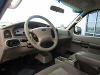 Miniature 11 Voiture Américaine d'occasion Ford Explorer Sport Trac 2005