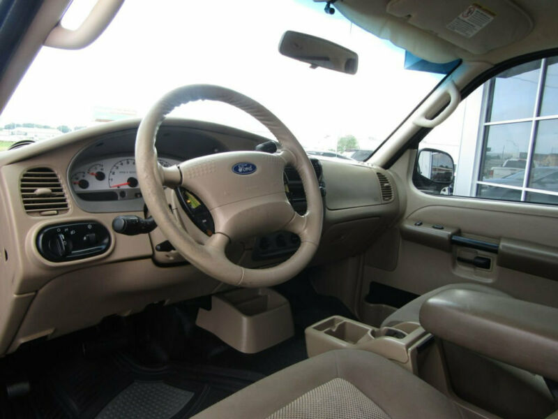 Image 11 Voiture Américaine d'occasion Ford Explorer Sport Trac 2005