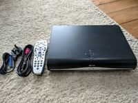 Sky+ HD 500GB & Sky HD Box Plus Arsenal Sky Remote