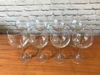 Almost new, 6 wine glasses