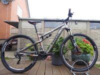 """2013 Trek Superfly 100 Elite 29er Full Suspension Mountain Trail Bike Large 19"""" Frame Full Lockout"""