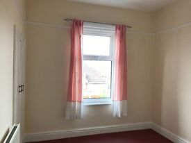 Victorian semidetached house , 4 double bedrooms to let