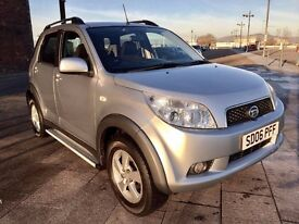 2006 DAIHATSU TERIOS ++ 1 OWNER ++ ALLOYS ++ ELECTRIC WINDOWS ++ CD ++ JULY MOT.