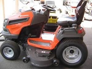 Husqvarna TS352 Ride on mower (demo) Richmond Hawkesbury Area Preview