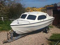 17ft Cabin Cruiser