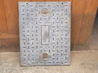 Steel Manhole cover. Heavy Duty. 26.5ins x 20.5ins very good condition