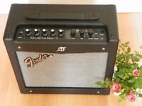 Selling Fender Mustang 1 amplifier