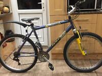 "Adults Raleigh Max mountain hybrid bike. 19"" Frame. 26"" Wheels. Fully Working"