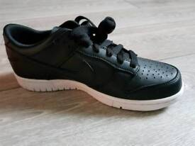 Nike Dunk Low Black Trainers size 7