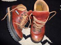 berghaus hillwalker leather walking hiking boots 6