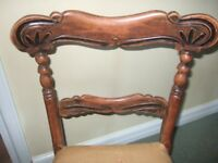 BEAUTIFUL SMALL VICTORIAN CHAIR