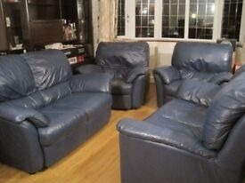 2 Blue 2-seater Natuzzi Leather Sofas and 2 Matching Recliner Armchairs