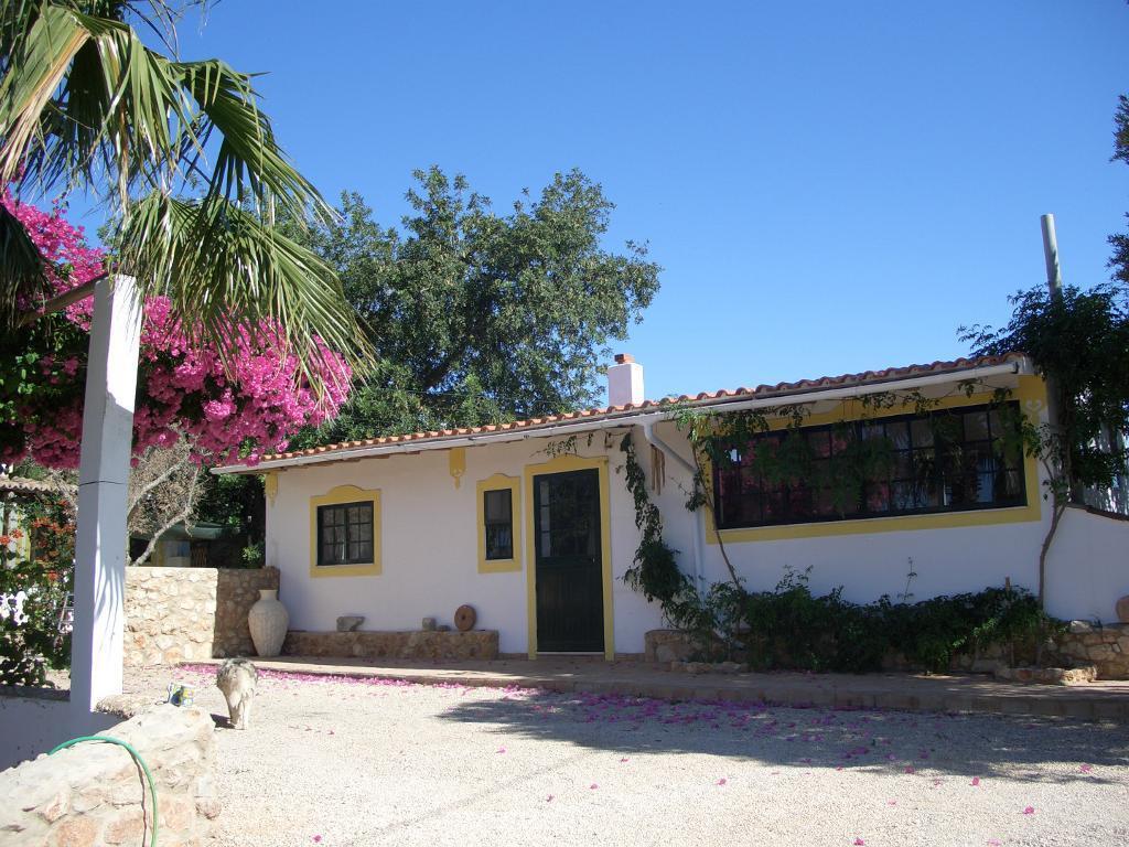 algarve portugal one bedroom cottage for long term rental in blandford forum dorset gumtree