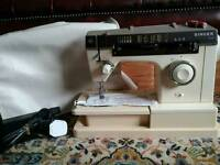 Singer 7110 Sewing Machine (Serviced)