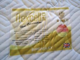 Wonderful memory foam double mattress (flexcell 20cm deep) 200 x 150 cm