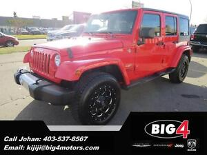 2013 Jeep Wrangler Unlimited Sahara, 2 sets of wheels, NAV
