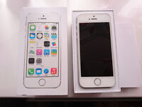 Iphone 5S 16GB Vodaphone Network Silver and white 6 covers included