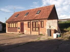 Two Bedroom cottage in rural location outside Romsey for let.