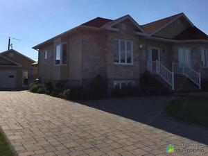248 750$ - Bungalow à vendre à Hébertville Lac-Saint-Jean Saguenay-Lac-Saint-Jean image 4