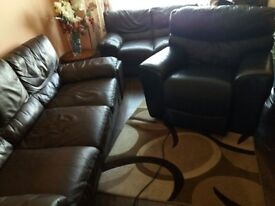 Leather Sofas in Excellent Condition