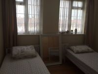 DOUBLE ROOM SHARE CLOSE TO KINGSBURY UNDERGROUND