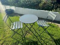 Bistro table and chairs in superb condition