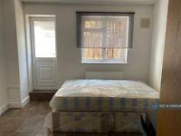1 bedroom in Sumatra Road, London, NW6 (#1099524)