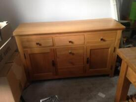 Solid drawers unit