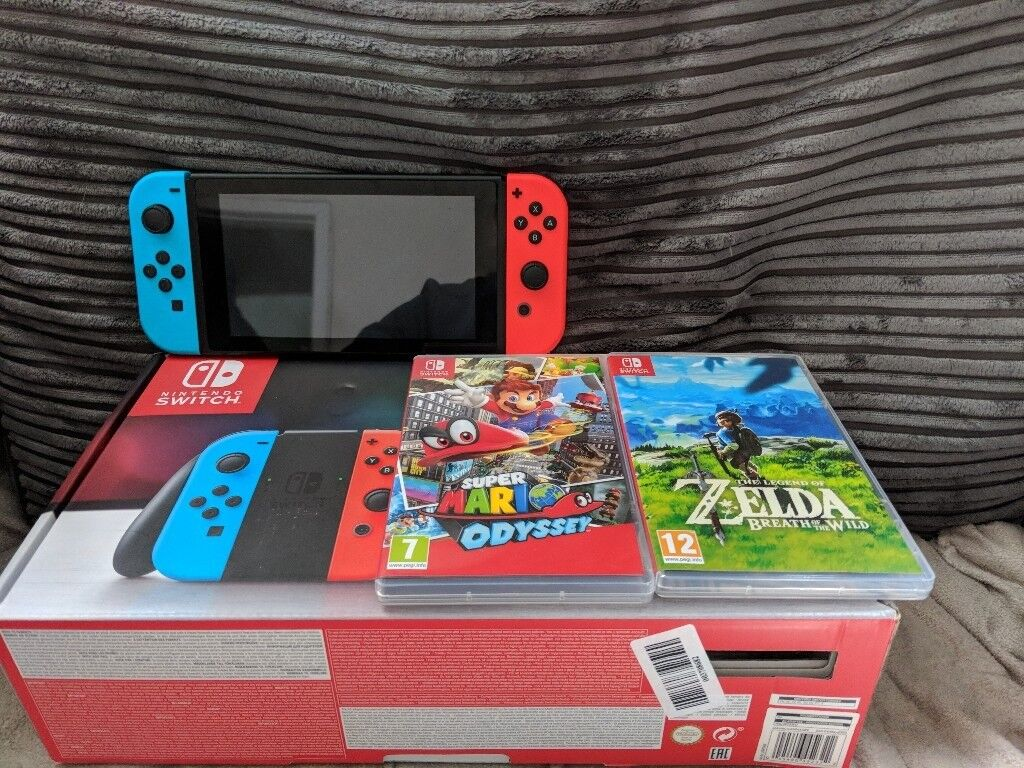 Nitendo switch neon with 2 games