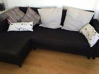 Black Sleeping Sofa and 6 pillows