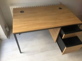Office desk with lockable draws