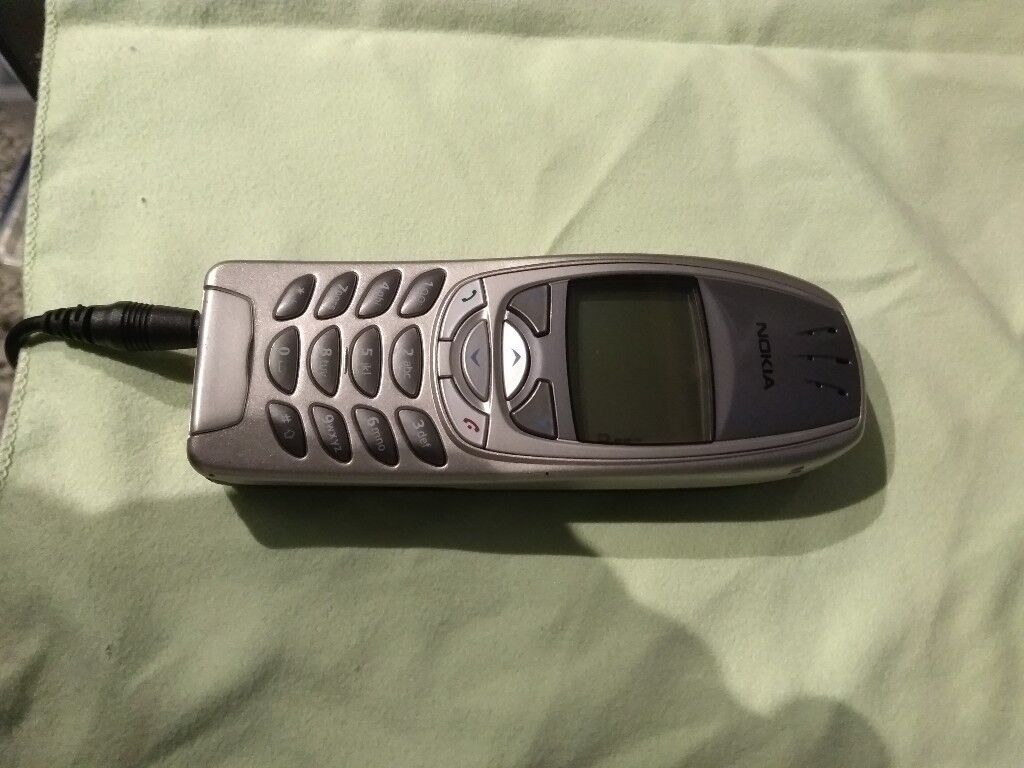 Nokia 6310i - Mint Condition - Some of the best phones of all time!