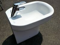 Ideal Standard modern bidet with tap and fittings. As new