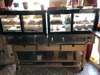 INTERLEVIN LCT900F FLAT REFRIGERATED COUNTER TOP DISPLAY AND WOODEN STAND.