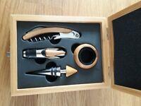 Wooden wine gift set