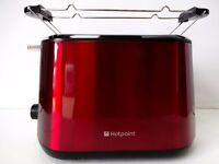 Brand new boxed Hotpoint TT22MDR0 Toaster (Red)