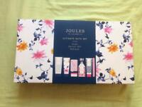 Joules ultimate bath set
