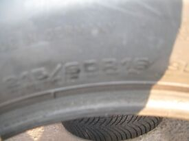 215/60x16 99h goodyear ultragrip